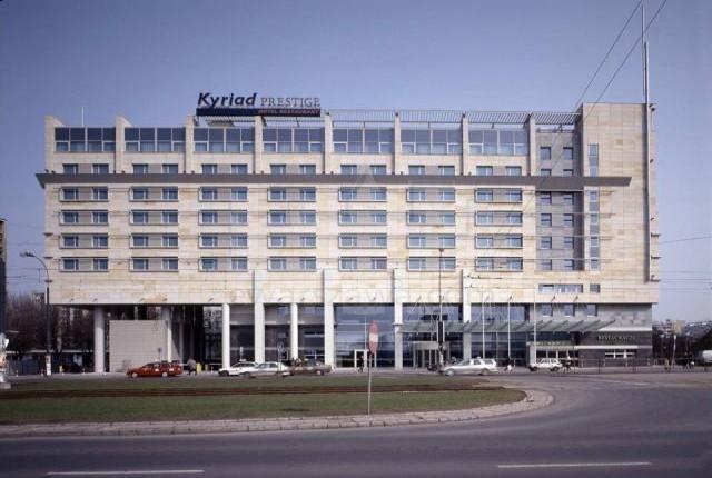 Hotel Kyriad Prestige  - adres, telefon, www   Hotele i noclegi Wola Warszawa Wola Warszawa