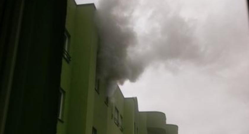 Bezpieczeństwo, Pożar bloku Botewa zdjęcia straży - zdjęcie, fotografia
