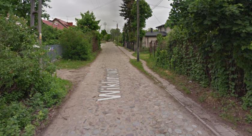Drogi, ulice Białołęki gminnej ewidencji zabytków oznacza - zdjęcie, fotografia