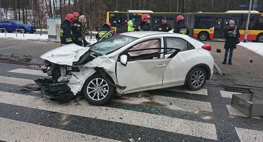 Bezpieczeństwo, Wypadek Modlińskiej Straż publikuje zdjęcia - zdjęcie, fotografia