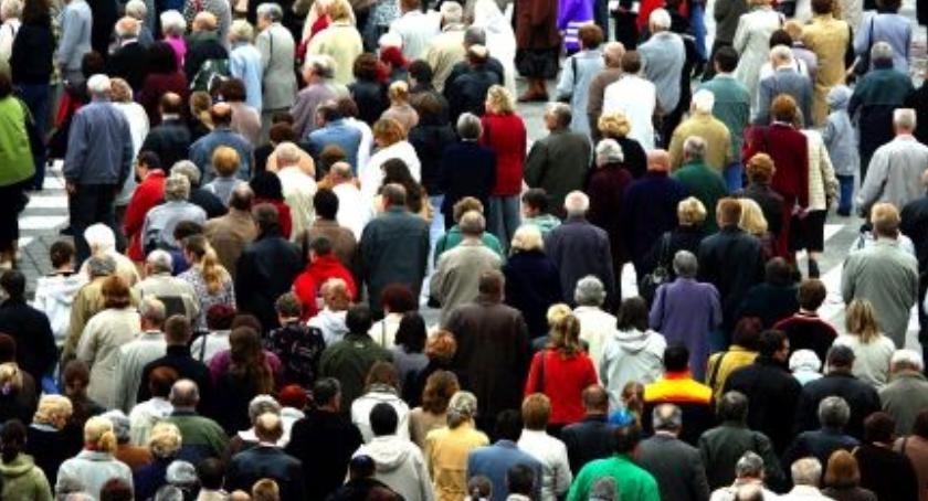 Drogi, piątek Droga Krzyżowa ulicach Białołęki Będa utrudnienia - zdjęcie, fotografia