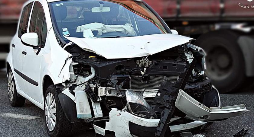 Wypadki, Wczorajszy wypadek Modlińskiej [ZDJĘCIA] - zdjęcie, fotografia