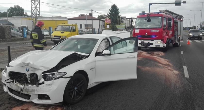 Wypadki, Zderzenie dwóch autobusu Modlińskiej Straż publikuje zdjęcia - zdjęcie, fotografia