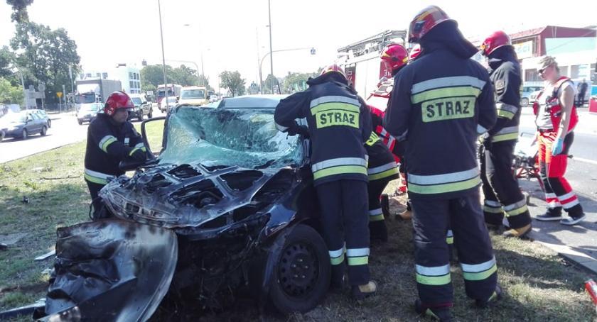 Wypadki, Wypadek Modlińskiej Straż publikuje zdjęcia - zdjęcie, fotografia