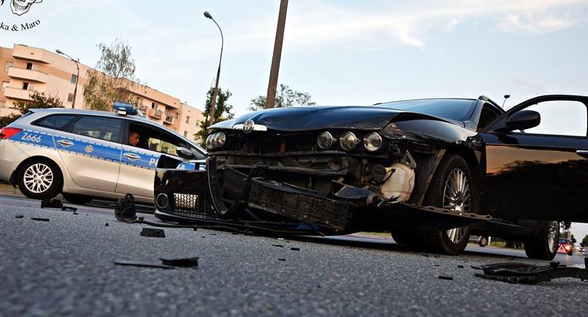 Wypadki, Kolejny wypadek skrzyżowaniu Marywilskiej Kupiecką [ZDJĘCIA] - zdjęcie, fotografia