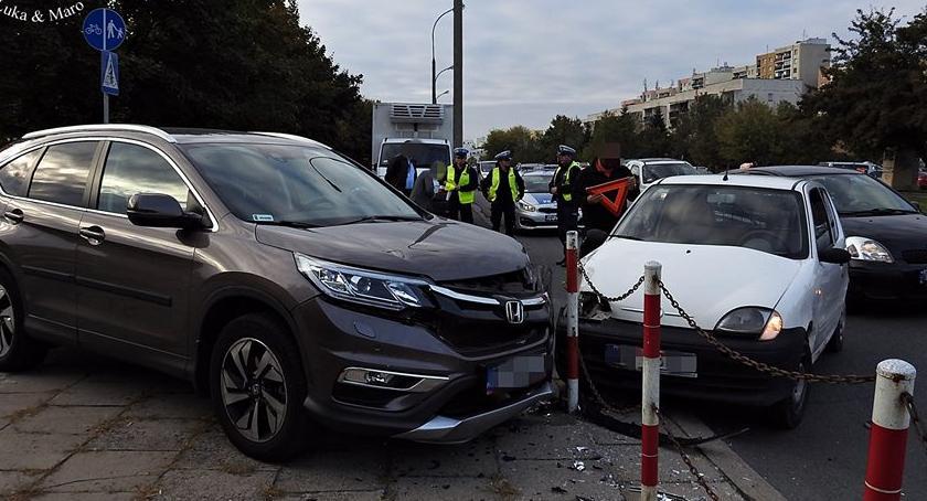 Wypadki, Zderzenie trzech samochodów Świderskiej [ZDJĘCIA] - zdjęcie, fotografia