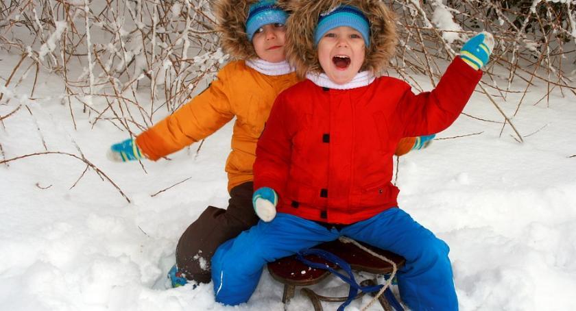 Dzieci i młodzież , Gdzie sanki - zdjęcie, fotografia