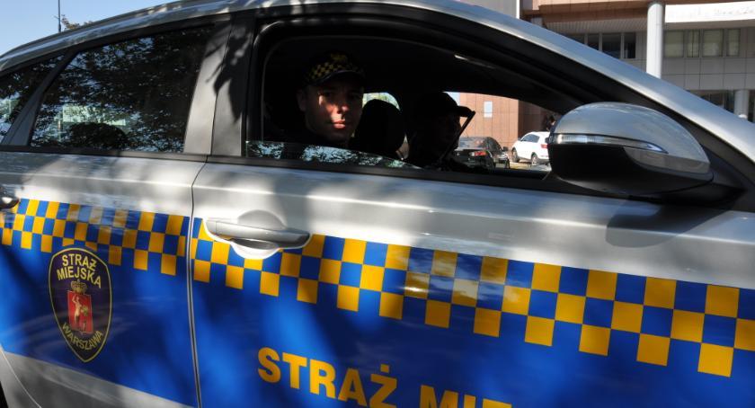 Bezpieczeństwo, Radiowóz jechał wolno Kierowca hondy postanowił zaprowadzić porządek - zdjęcie, fotografia