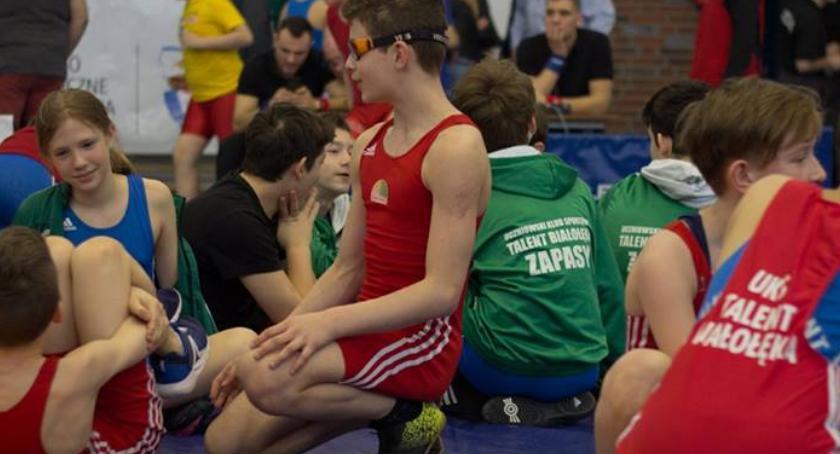 Dzieci i młodzież , Kolejna klasa sportowa Sprawdź harmonogram rekrutacji profil ZAPASY - zdjęcie, fotografia
