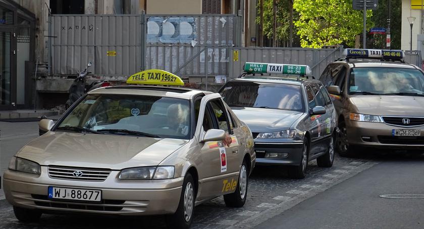 Drogi, Taksówkarze szykują protest jeden punktów zbiórki Białołęce - zdjęcie, fotografia