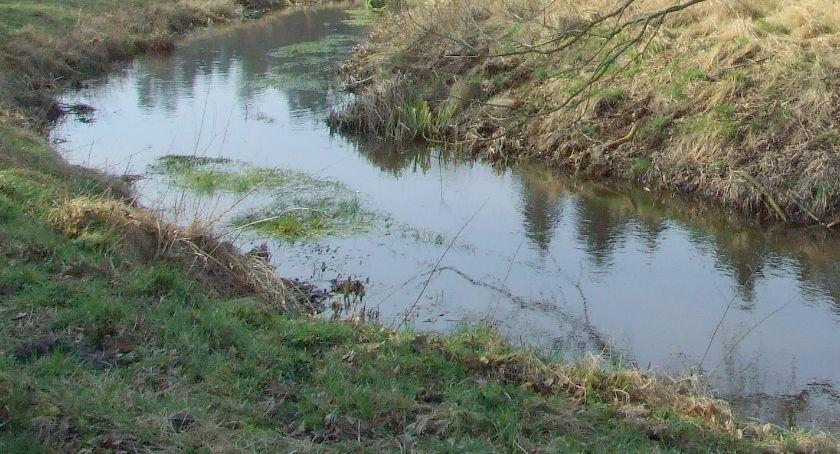 Problemy, Aromat Aroma Problem wodą kanałach - zdjęcie, fotografia