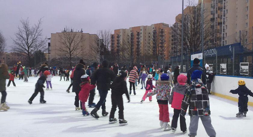 Sport, Białołęce sezon łyżwiarski pełni - zdjęcie, fotografia