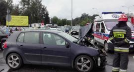 Wypadek na Modlińskiej. Zdjęcia straży