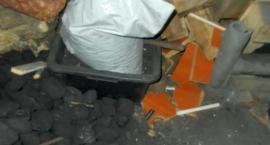 Spalał odpady, nie widział w tym nic złego. Kontrola straży miejskiej na Modlińskiej