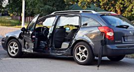 Zderzenie dwóch aut na skrzyżowaniu Myśliborskiej z Mehoffera [ZDJĘCIA]