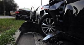 Zderzenie trzech aut na Marywilskiej [ZDJĘCIA]