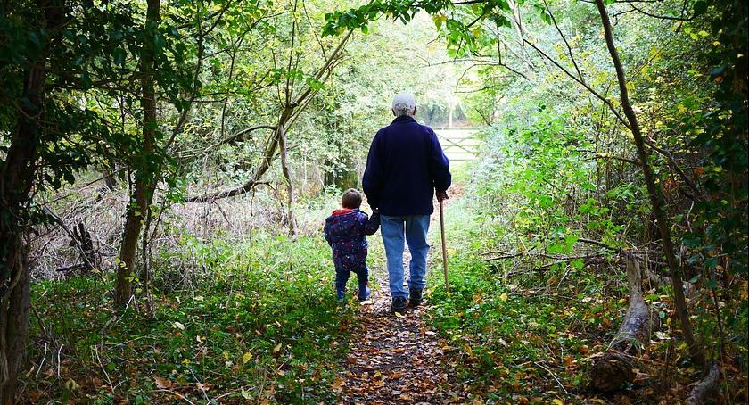 Porady, Dziadkowie chcą widywać wnuczka - zdjęcie, fotografia