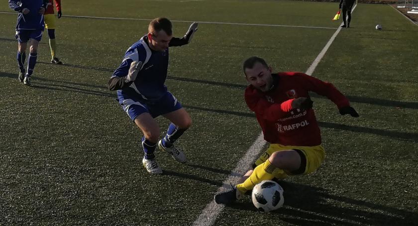 Piłka nożna, Remis Wąbrzeźno inaugurację - zdjęcie, fotografia