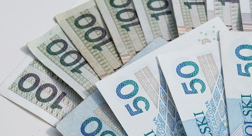 Samorządy Gminne, Urząd rozdzielił pieniądze - zdjęcie, fotografia