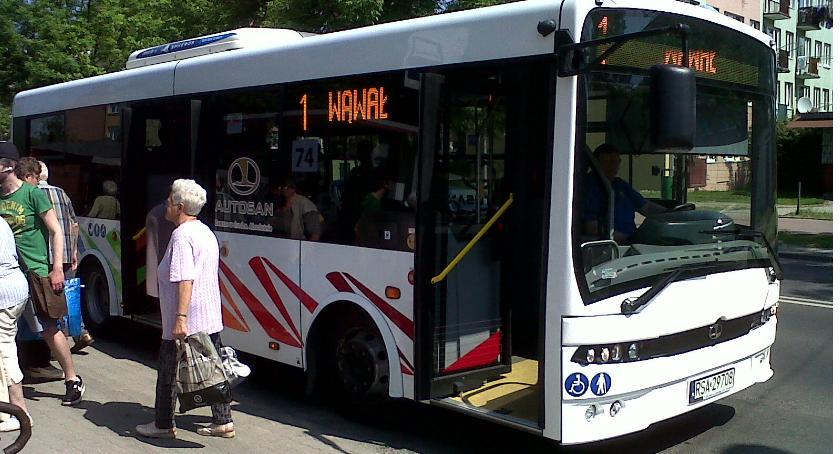 Inwestycje, Kłopoty autobusami - zdjęcie, fotografia