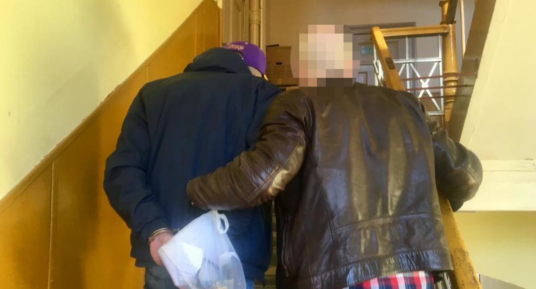 Kronika kryminalna, Rozbój nożem ręku - zdjęcie, fotografia