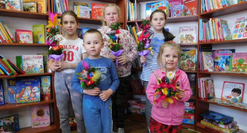 Biblioteki, Świąteczne rękodzieło Pływaczewie - zdjęcie, fotografia