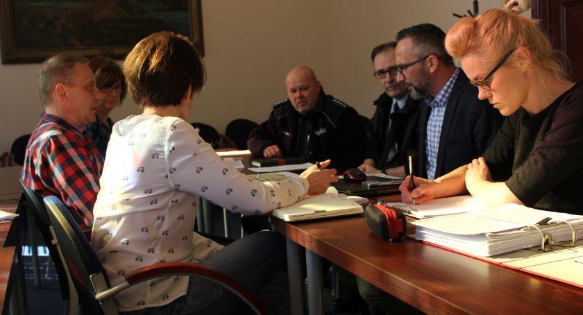 Samorządy Gminne, zmiany mieście - zdjęcie, fotografia