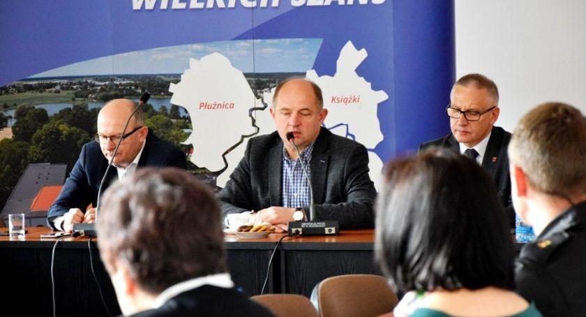 Inwestycje, Marszałek rozwiąże problem - zdjęcie, fotografia