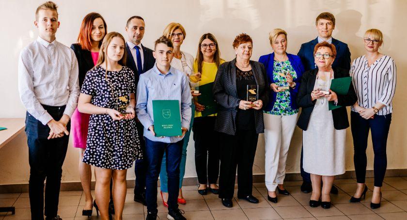 """Wydarzenia lokalne, Nagrody """"Złoty Pług"""" wręczone - zdjęcie, fotografia"""