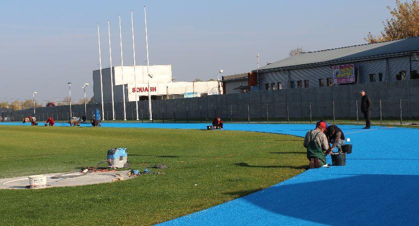 Inwestycje, Stadion nabiera blasku - zdjęcie, fotografia