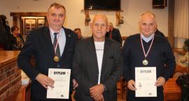 Dzień Edukacji Narodowej uhonorowali turniejem brydżowym