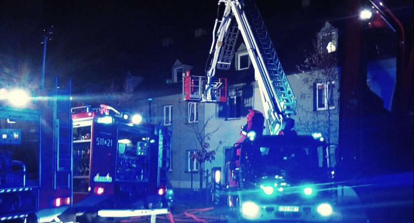 Pożary, Pożar ewakuacja - zdjęcie, fotografia