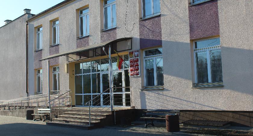 Inwestycje, Budynek urzędu remontu - zdjęcie, fotografia