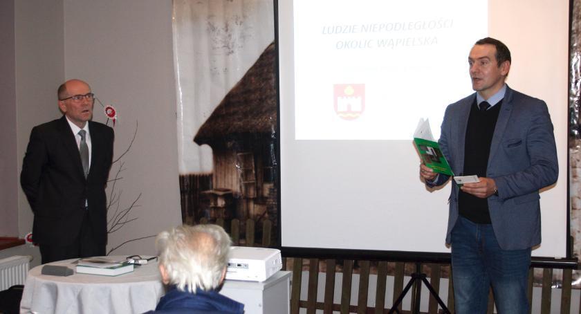 Muzea, Wieczór autorski Zbigniewa Żuchowskiego - zdjęcie, fotografia