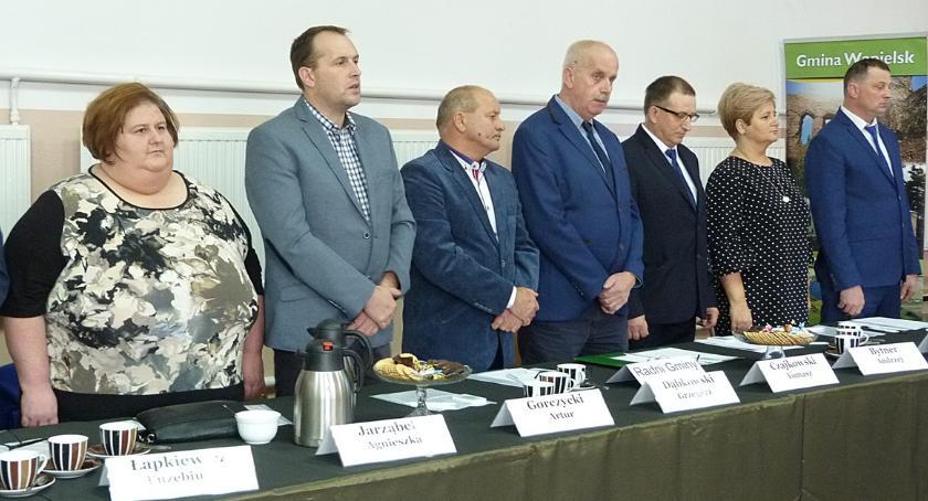 Samorząd gminny, Drogi jeszcze drogi Pierwsza sesja gminy Wąpielsk - zdjęcie, fotografia