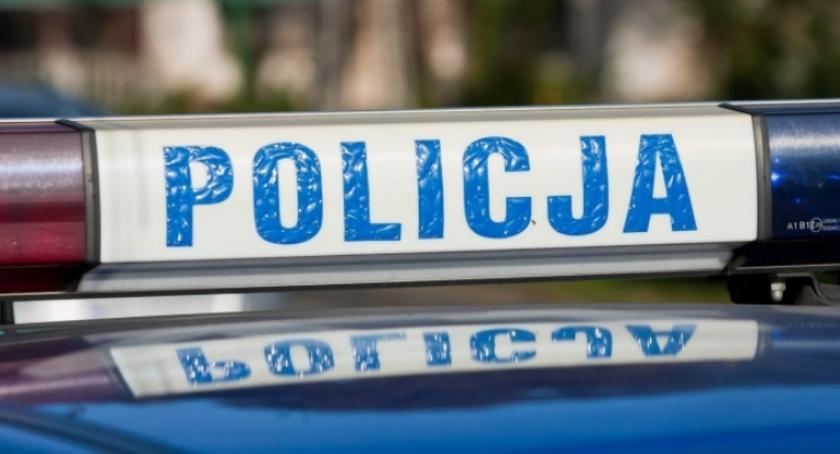 Kronika kryminalna, Krewki mężczyzna wyzywał funkcjonariuszy ratowników - zdjęcie, fotografia
