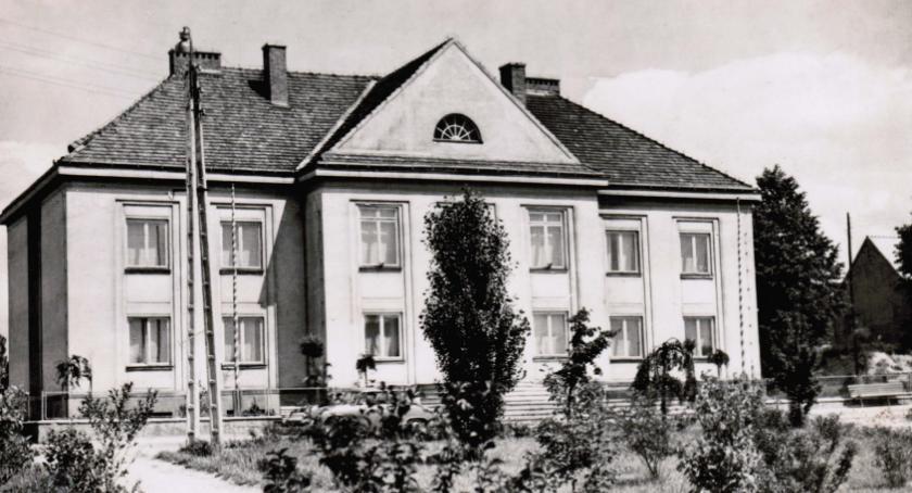 Postaci, historii Rypinie połowy sześćdziesiątych roku) - zdjęcie, fotografia