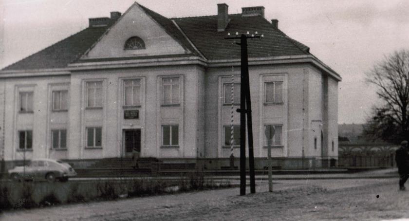 Postaci, historii Rypinie 1990) - zdjęcie, fotografia