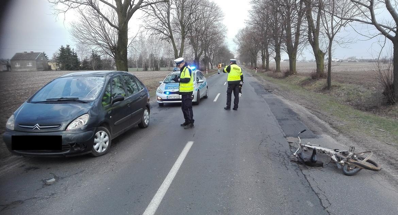 Wypadki, Śmiertelny wypadek Głowińsku - zdjęcie, fotografia
