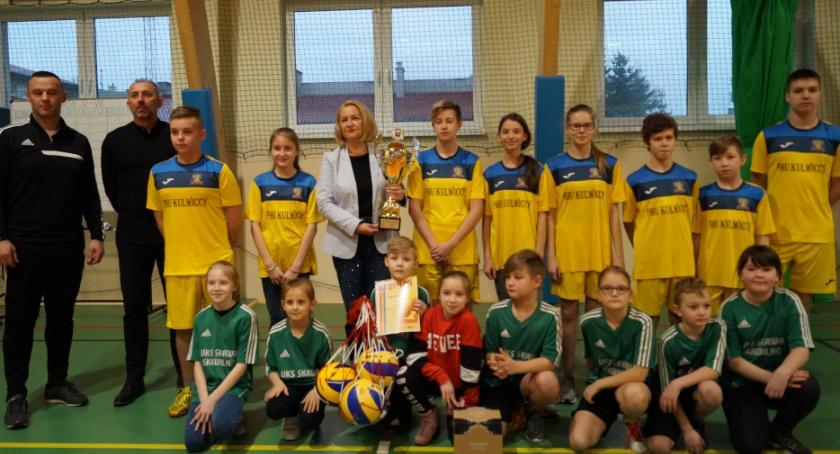 Edukacja, Skrwileniaki wywalczyły Puchar Wójta - zdjęcie, fotografia
