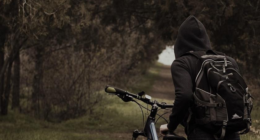 Kronika kryminalna, Plaga pijanych rowerzystów - zdjęcie, fotografia