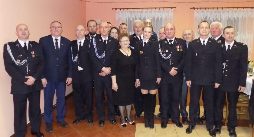 Stowarzyszenia i organizacje, Strażacy zebraniu - zdjęcie, fotografia
