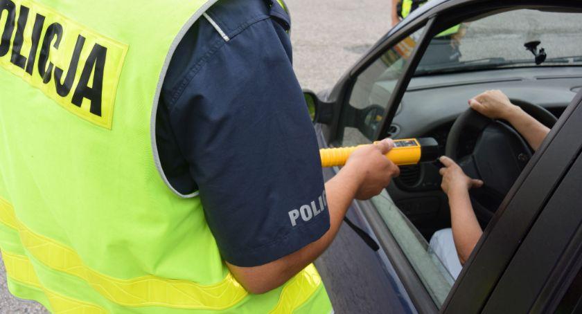Kronika kryminalna, Kolejni pijani kierowcy złapani - zdjęcie, fotografia