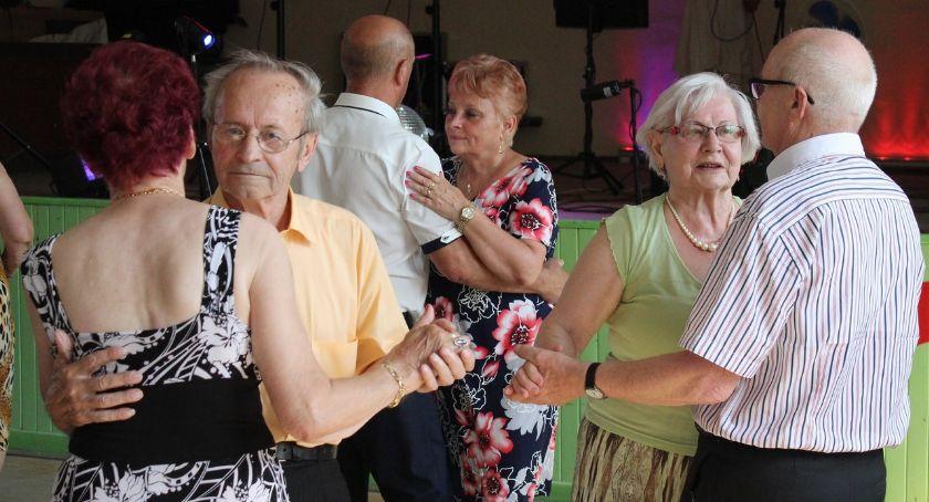 Wydarzenia lokalne, Rypińscy seniorzy próżnują - zdjęcie, fotografia