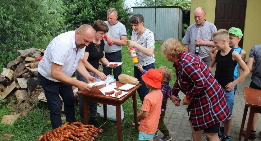 Wydarzenia lokalne, Najpierw modlitwa potem zabawa - zdjęcie, fotografia