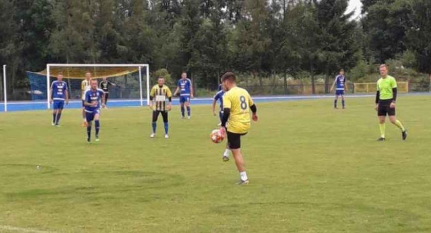 Piłka nożna, Pierwszy sparing Lechem - zdjęcie, fotografia