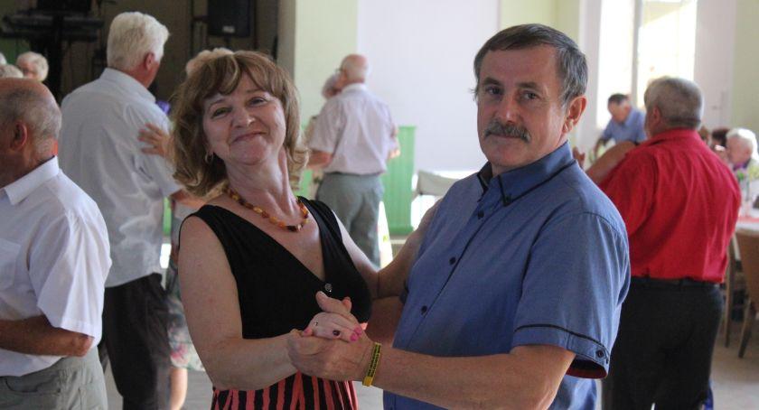 Wydarzenia lokalne, Tanecznie seniorów - zdjęcie, fotografia