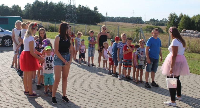 Wydarzenia lokalne, Piknikowo Dębianach - zdjęcie, fotografia