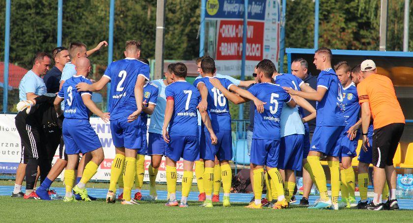 Piłka nożna, Kolejna wygrana Lecha Rypin - zdjęcie, fotografia