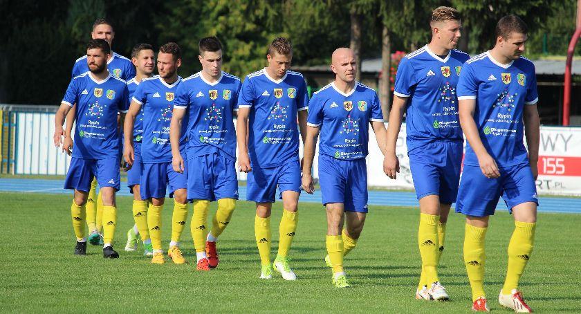 Piłka nożna, słabszy Chełminianki - zdjęcie, fotografia